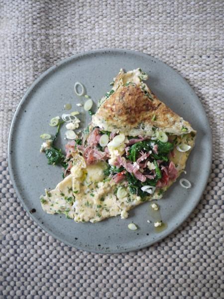 Honeyed ham hock omelette