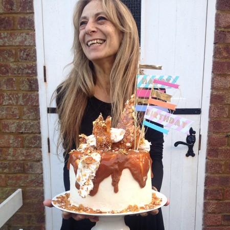 Mummy and her cake