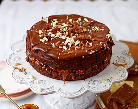 Chocolate and sea salted caramel cake Photographer: David Loftus