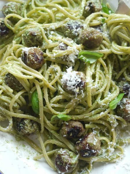 Sorrel and sausage spaghetti